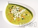 Рецепта Крем супа от картофи, моркови и киселец  с козе сирене